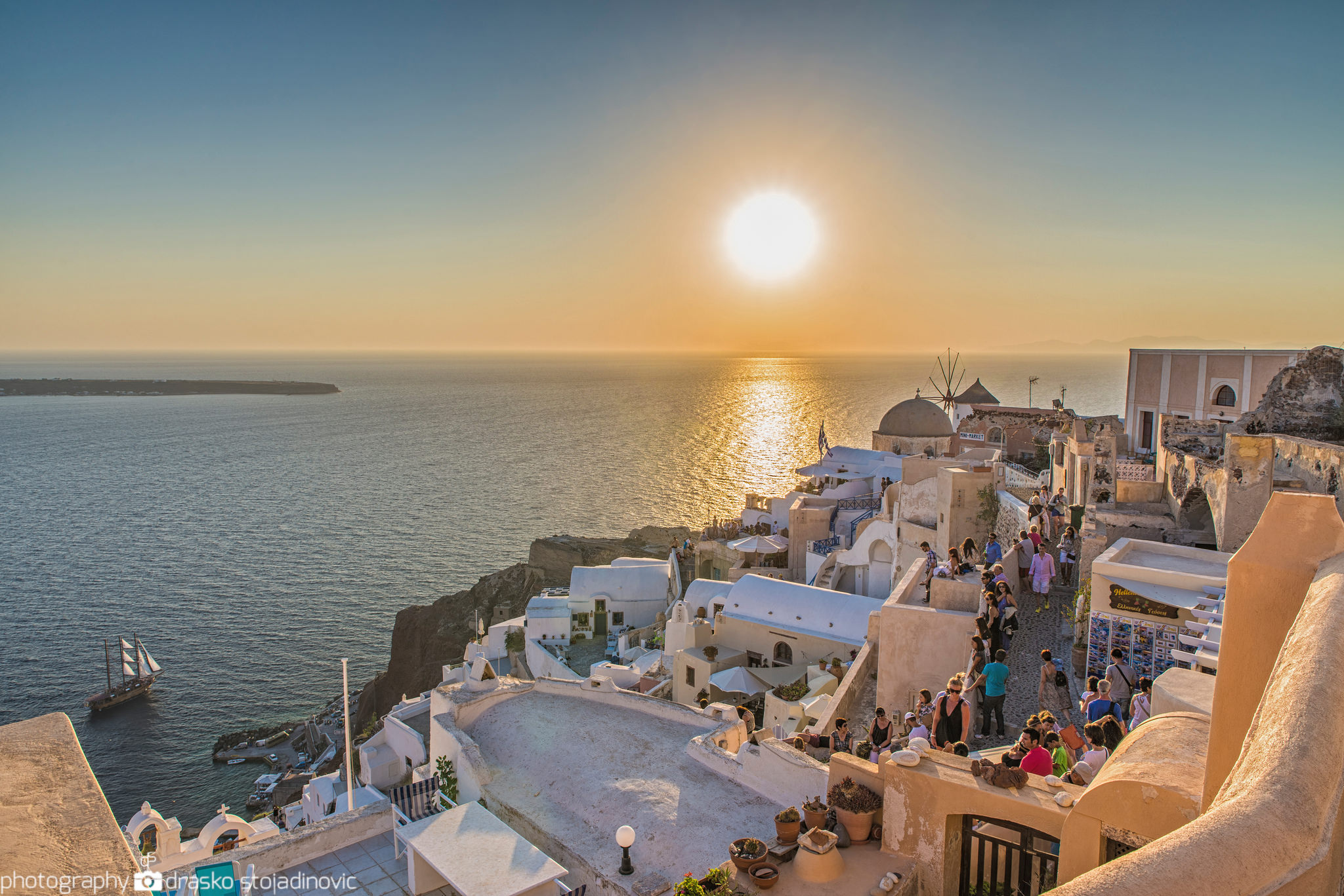 Santorini – One of the most beautiful places on earth!